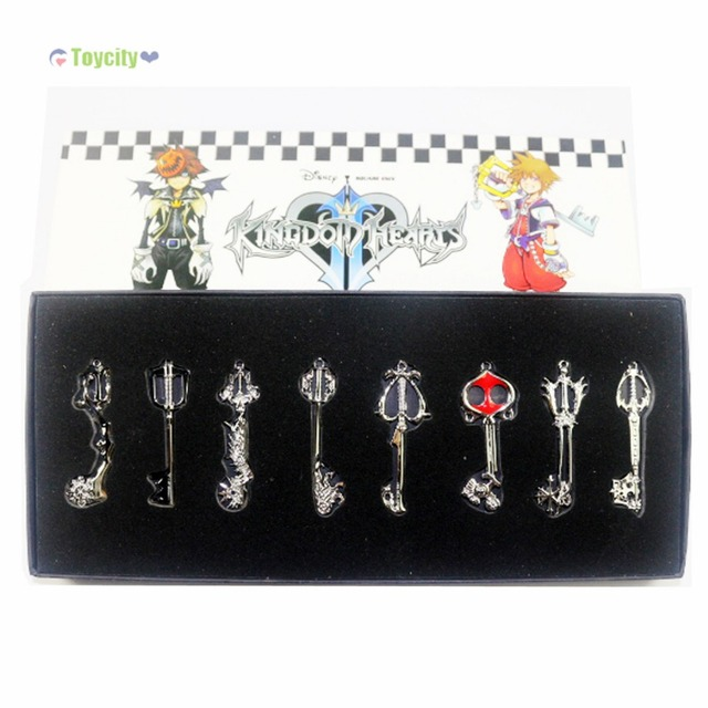 Kingdom Hearts II 8 KEYBLADE Sora Necklace Pendant Sword 8 in Weapon Set In Box