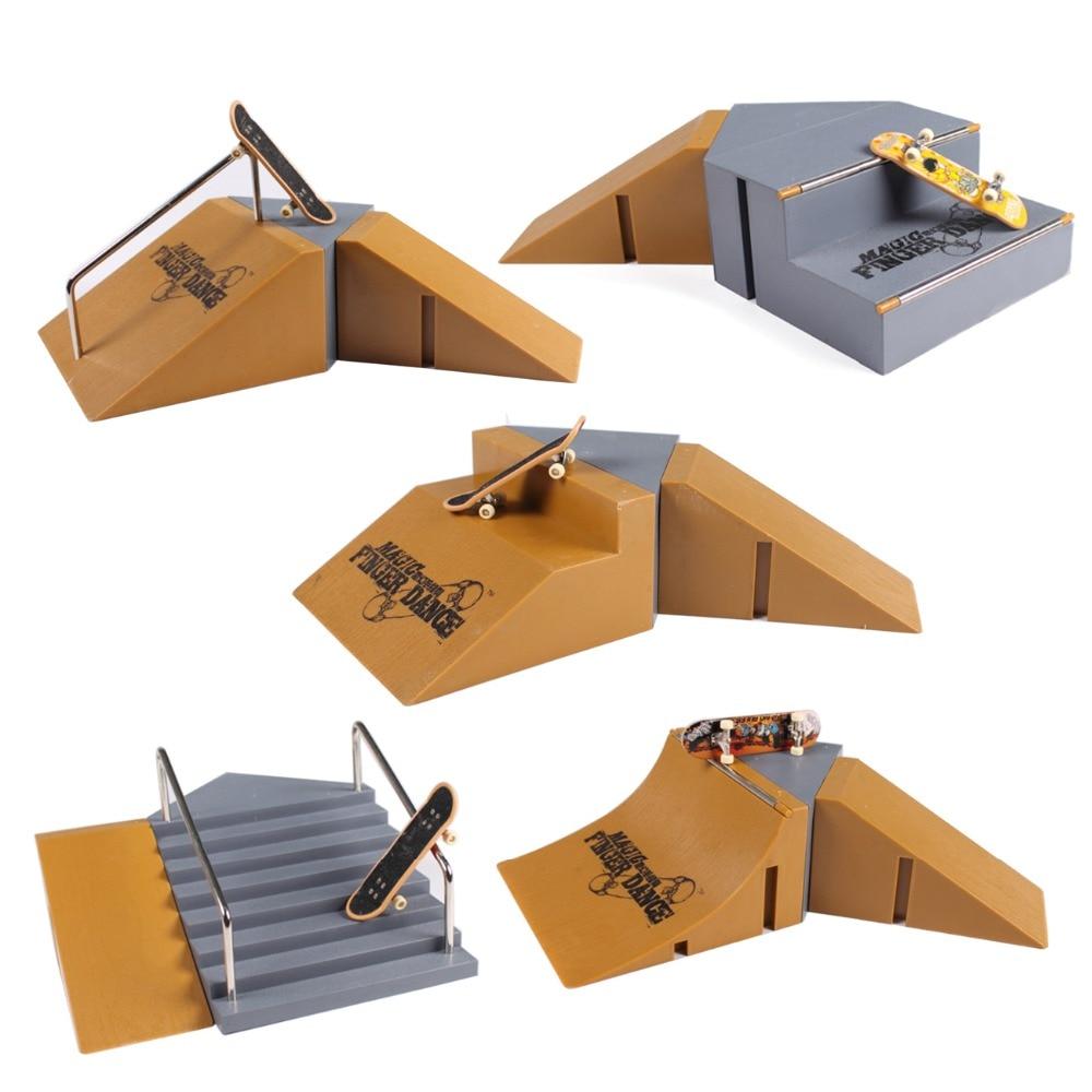 Fingerboard Children toys Finger Skateboard Boys Toys Finger Finger Skate Boarding brain game