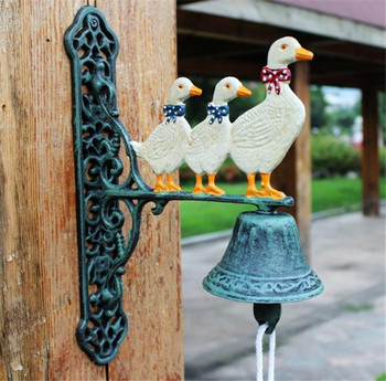 Cast Iron Welcome Dinner Bell Three Ducks Family Wall Mount Hanging Door Bell Primitive Home Outdoor Decoration Country Animal