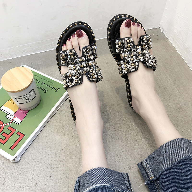 019 New Summer Sandal Beach Shoes Flat H Cool Drag Fashion Outside The Water Drill