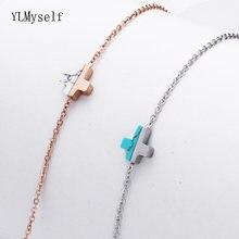 Элегантный браслет цепочка из розового золота белый и голубой