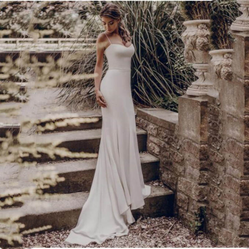 Sexy Beach Wedding Dress 2019 Elegant Spaghetti Straps White Ivory Mermaid Trumpet Bride Dress Train Wedding
