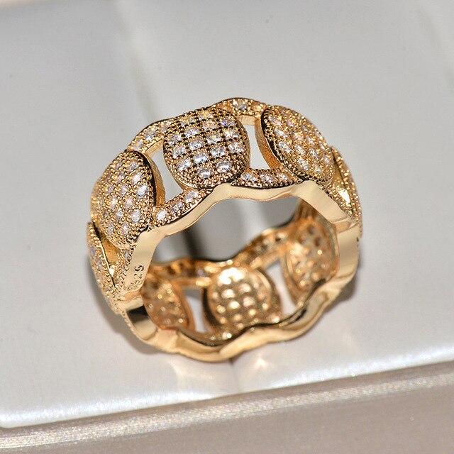 Фото мужские и женские золотые кольца в стиле хип хоп с крупными