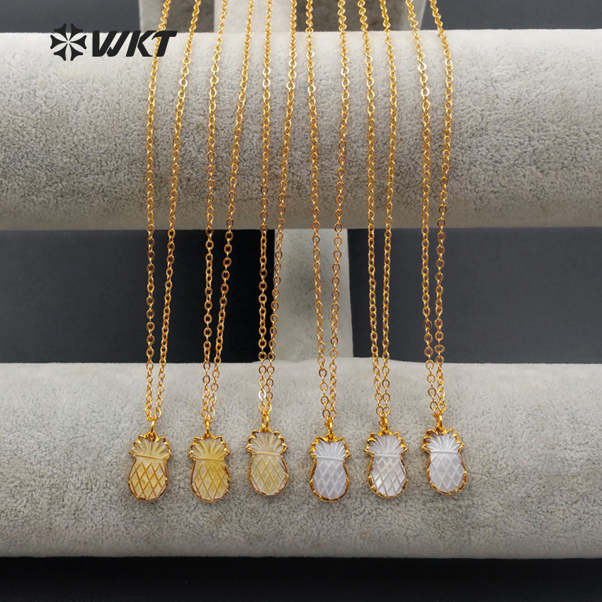 WT N1082 Wholesale Lovely Pineapple Gold Bezel Setting Colored Shell Pendant Mini Fruit Shape Necklace For