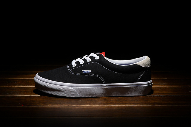 Vans classic Old Skool 3 colors men low canvas shoes skateboarding casual  shoes free shipping 9fda50ed0