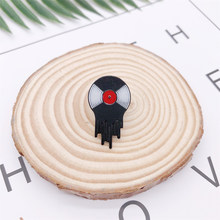Creative Music Black Red CD Enamel Brooch Round Geometry Badge Denim Shirt Bag Pin Rock Punk Accessories Jewelry Gift For Friend(China)