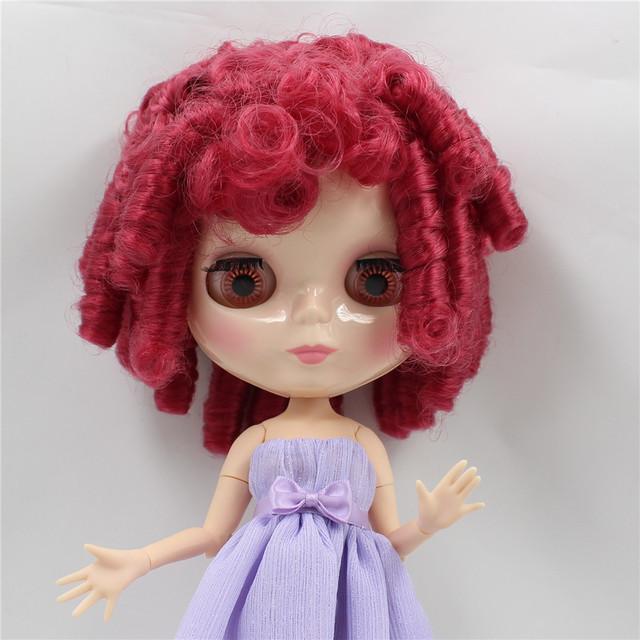 Tijelo sa zglobom ICY Neo Blythe tamno crvene kovrčave kose