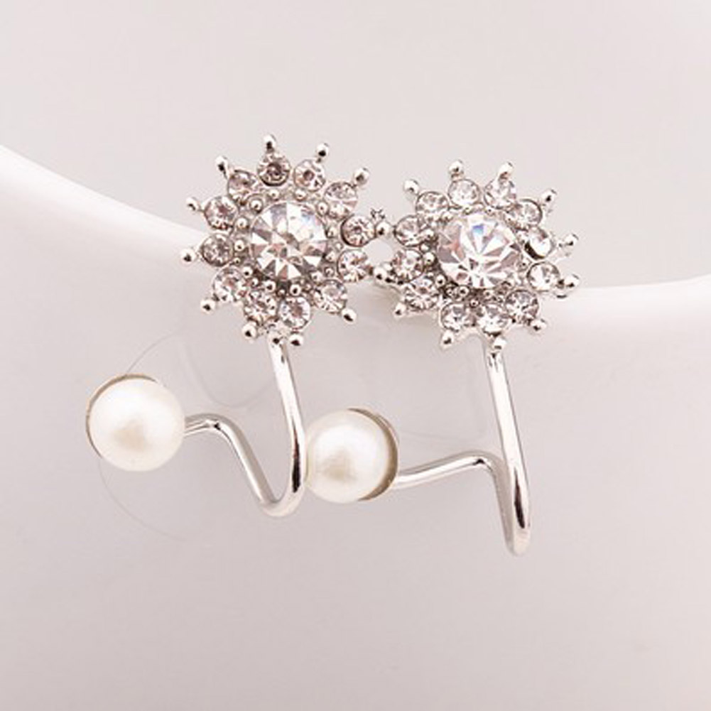 2018 latest exquisite ultra-fine full Imitation Zircon sweet pearl snowflake earrings female ear clip gold and silver color золотые серьги по уху