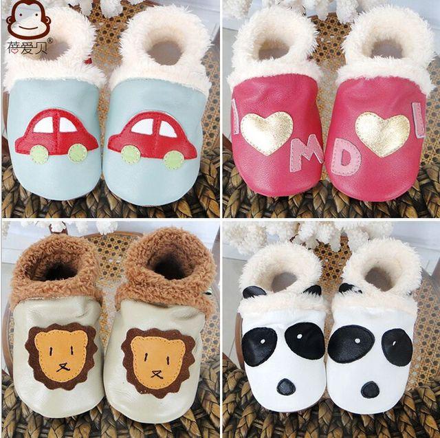 Venta caliente Nuevas botas de Invierno Cálido Cuero genuino de dibujos animados Bebé mocasines con botas de piel de bebé, primer caminante Del Bebé Zapatos