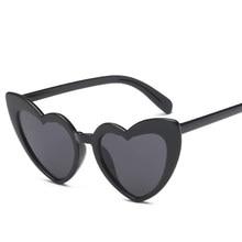 468bf9607e872 Coração Óculos De Sol Olho de Gato Óculos de Sol Das Mulheres designer de  marca Retro Do Amor Do Coração Em Forma de Óculos de Ó..