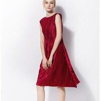 Glossy fabrics round collar twill sleeveless Pleated Dress Free shipping