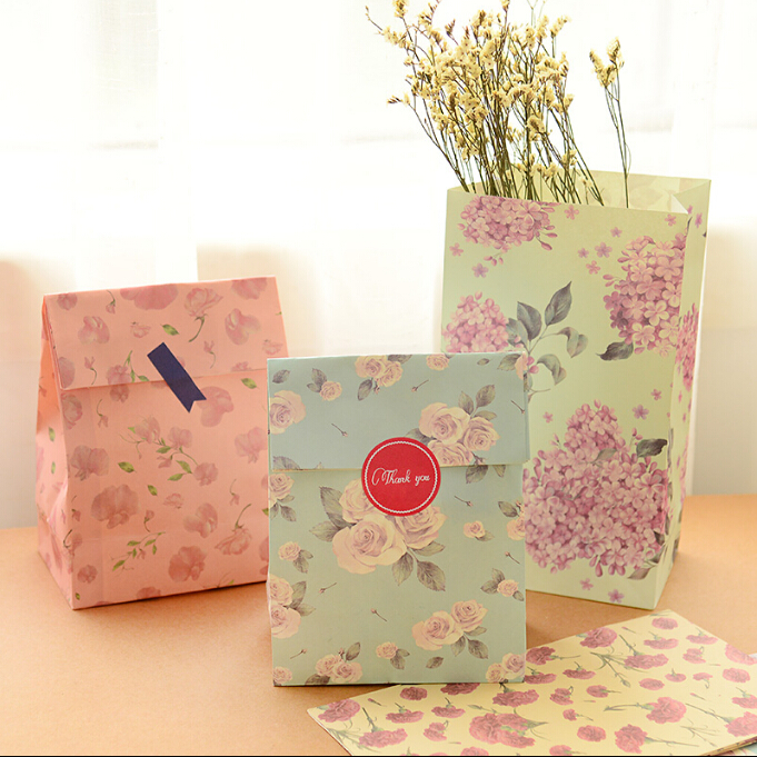 Flower printing paper bags Gift Bags, Party, Lolly,Favour, Wedding, Packaging 24pcs/lot 13x23cm  storage small handbag