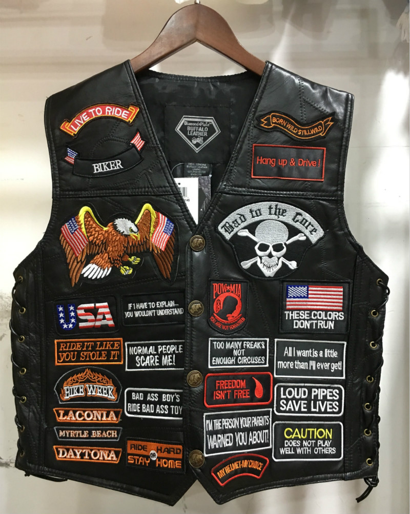 2018 New Arrival Sons of Anarchy Mens Breasted Vest Black Color Harley Motorcycle Vest Embroidery Leather Punk Vest Costume