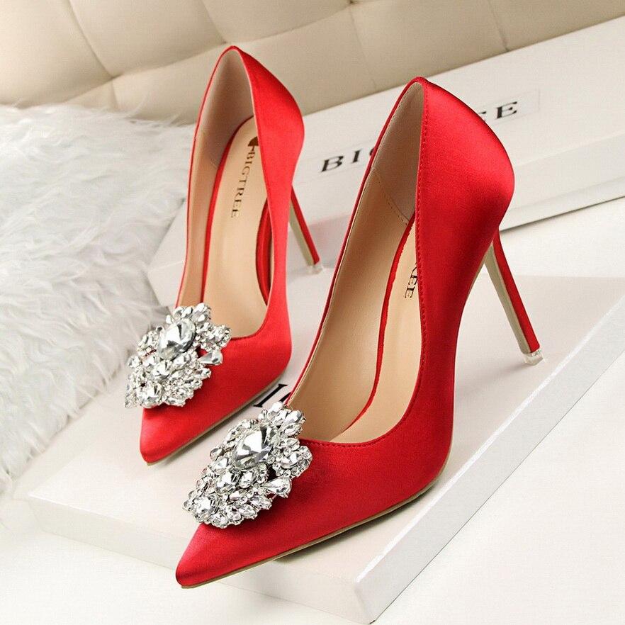 2017 Heeled Designer Shoes Women Luxury Crystal High Heels Chaussure Femme Wedding Shoes Valentine Pumps SMYBT-D0011 декор fap creta orizzonte fango inserto 30 5x91 5