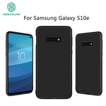 For Samsung Galaxy S10e Case NILKIN Synthetic Fiber Plastic Cell Phone Cover Cases Shell