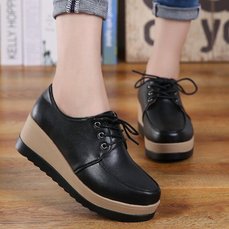 Femme décontracté en cuir véritable décontracté mode printemps été automne chaussures compensées pour femmes Creepers femme plate-forme à lacets baskets
