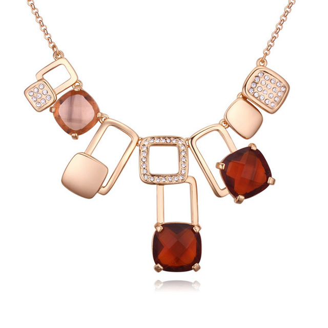 Cristales De Swarovski de Oro de europa Y América Nueva Moda Geométrica Grande Colgante de Collar de La Joyería Fina Para Las Mujeres