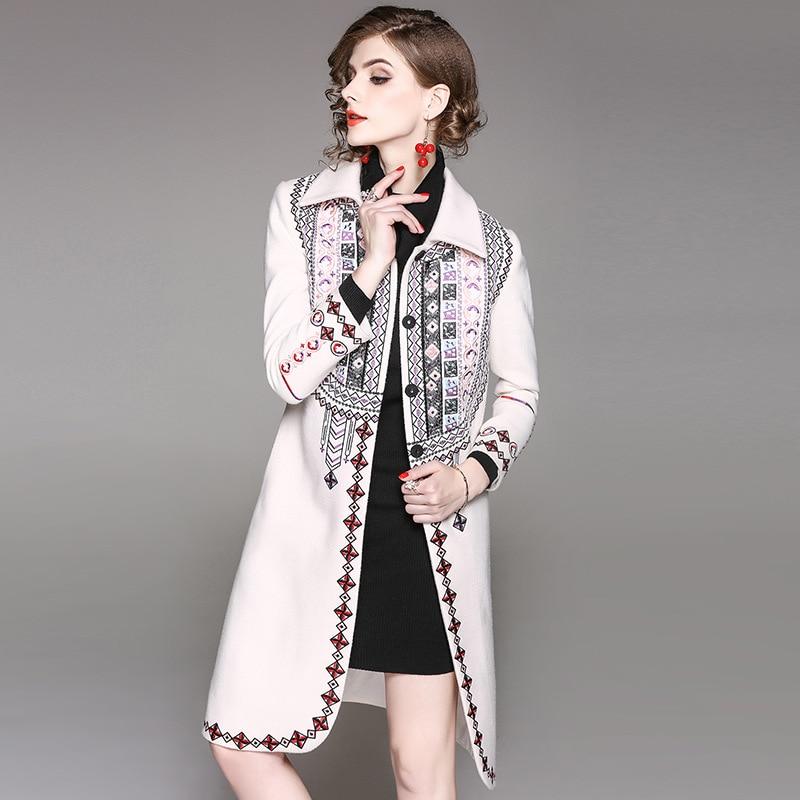 Haute Outwear Longues Col Rabattu Élégant Manteau Hiver Femmes De rouge À Mince Mode Manches Beige Qualité Broderie 2017 Vintage Long 8746q