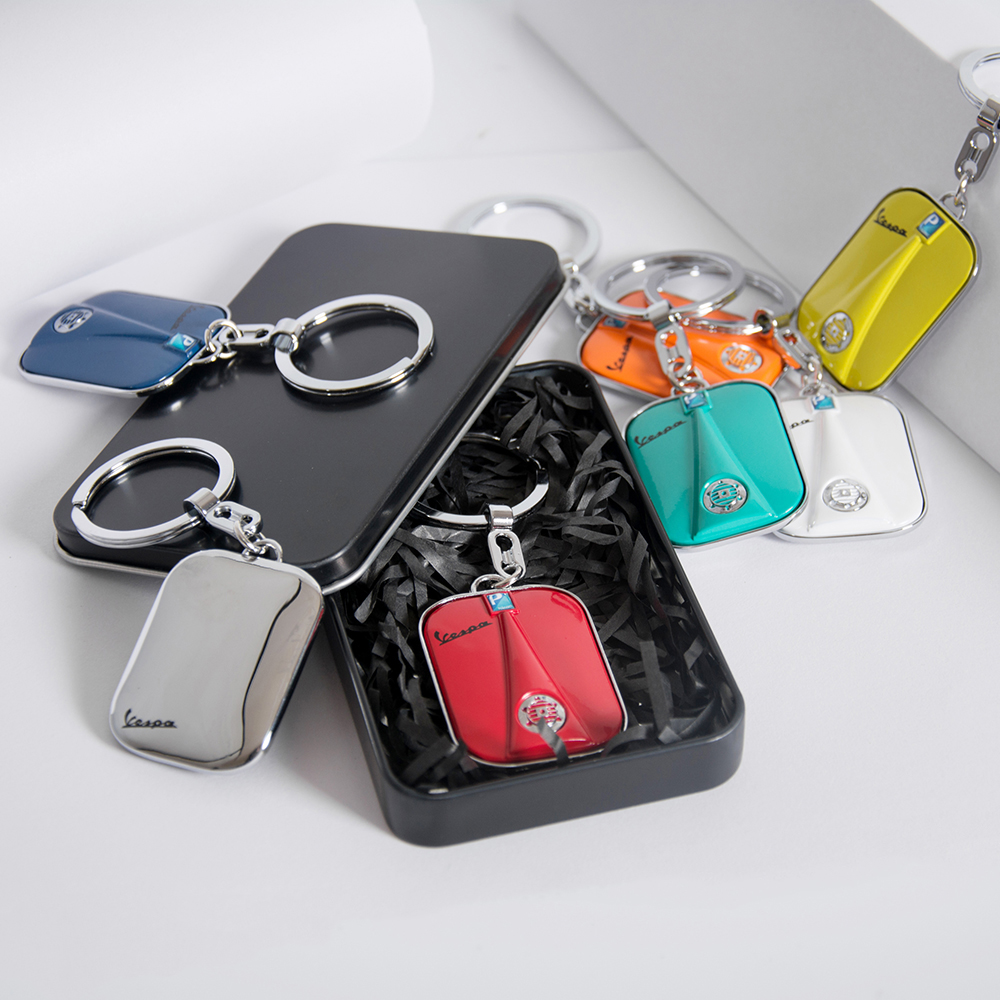 New gift-wrapping Stainless Steel Keychain Key ring For Piaggio VESPA GTS GTV LX PX LT Sprint Primavera GTS300 150 250 Keyring