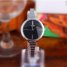 цена Luxury Silver Clock Reloj Classic Casual Alloy Fashion Casual Quartz Wristwatch  Elegant Lady Rose Gold Watches Gift for Ladies онлайн в 2017 году