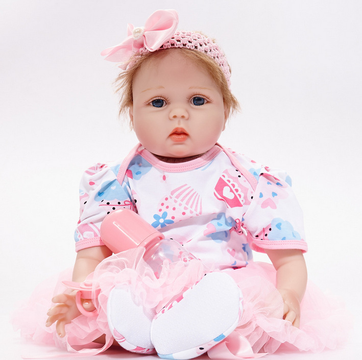 55cm Lifelike Reborn Baby Dolls Girl Soft Silicone Reborns Realistic Reborn Dolls with Clothes Cute Toy for Baby Xmas Gift