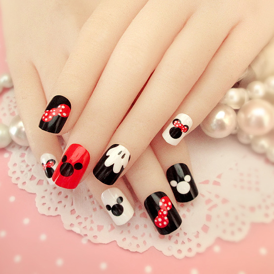 New Arrival 24 pcs Mickey Mouse Pattern Fake Nails Short Ova Black ...