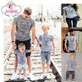 Correspondência da família Roupas de Verão Urso Impressão de Manga Curta T-shirt Da Família Olhar Olhar Família Mãe Pai Do Bebê Roupas Combinando