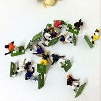 200 unids/lote 3 cm tamaño de rugby deporte figuras de dibujos animados al azar mezclado venta caliente toda la venta