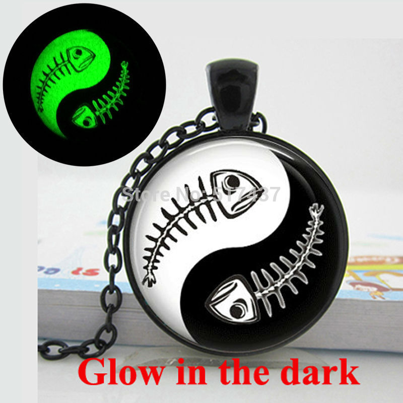Glow in the dark Necklace Ying Yang Necklace Glass Tile Necklace Fish Black and White art photo glass dome glowing jewelry