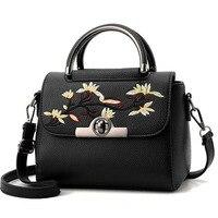 Women Flower Embroidery Handbag Shoulder Bag Vintage Ethnic Korea Lady Messenger Crossbody Bag Shopping Bag Top