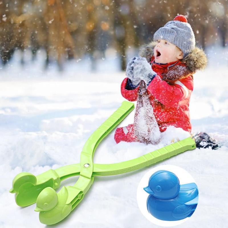Dessin animé créatif canard boule de neige en plastique fabricant Clip enfants hiver Sports de plein air boule de neige neige sable faisant moule jouets outil