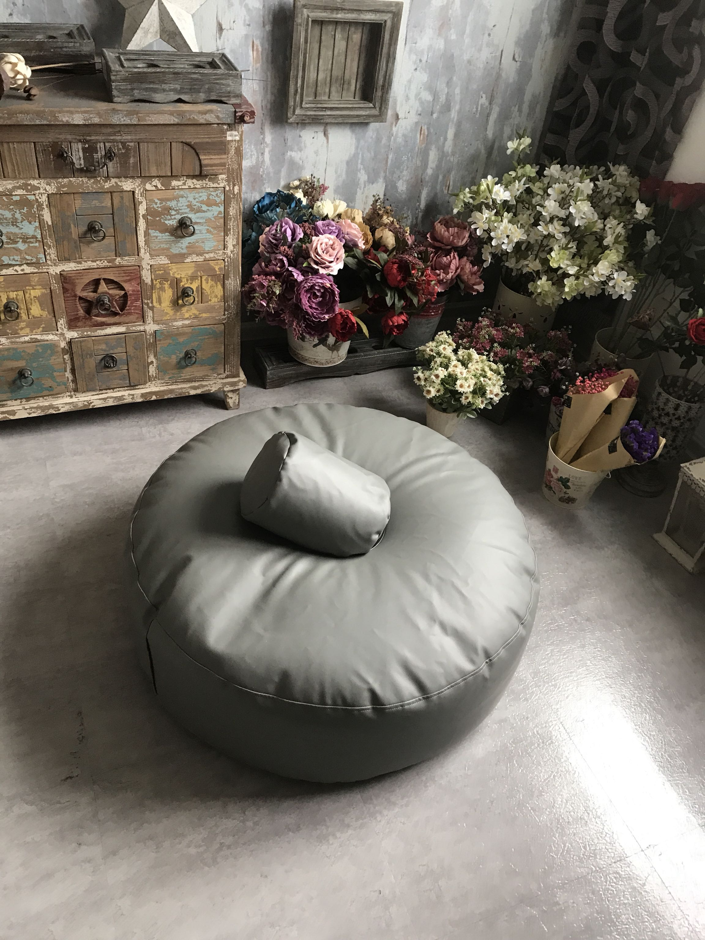 2018 Newborn Photography Studio POSING PILLOW Newborn Poser Ottoman Beanbag Photo Prop Infant Poser 85CM Big Size Rack Bean Bag