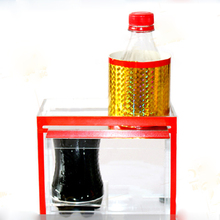 цены 1set zig zag cola bottle Magic Tricks thereafter cola bottle tricks novelties  magician stage street  Accessory illusion 82114