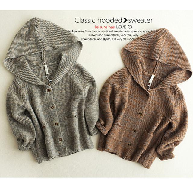 Niños cardigan niña 2016 de tejer suéteres de manga larga otoño suéter encapuchado chaqueta bebé cuello alto escudo causal envío gratis