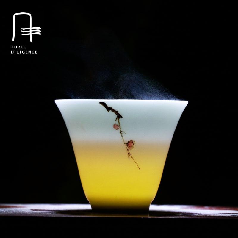 85124cac8ee Jingdezhen Pintadas À Mão Porcelana xícara de ameixa Gaiwan China Tigela  Xícara de Chá Artesanal kung fu Jogo de Chá Dom Copo de Vinho Samovar Natal