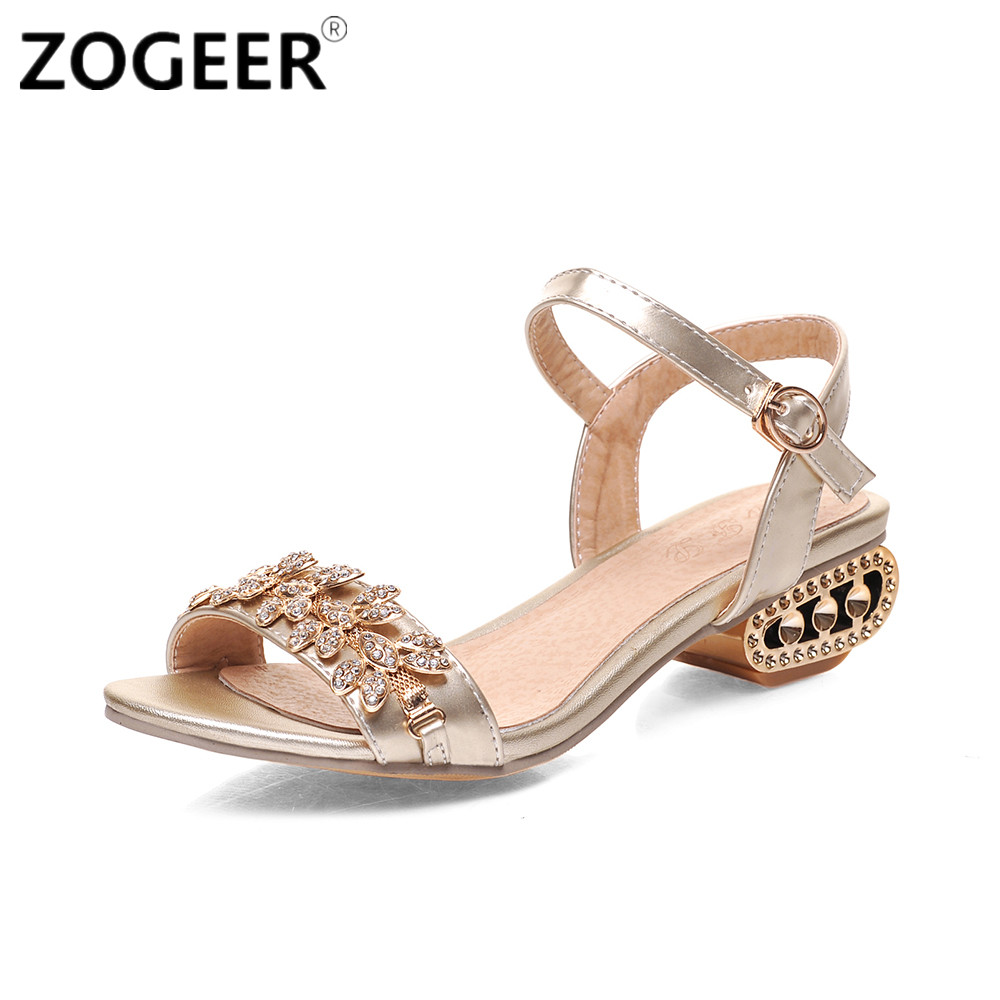 Women's sandals with bling - Big Size 43 Hot 2017 Summer Women Sandals Luxury Rhinestone Shoes Woman Casual Low Heels Party