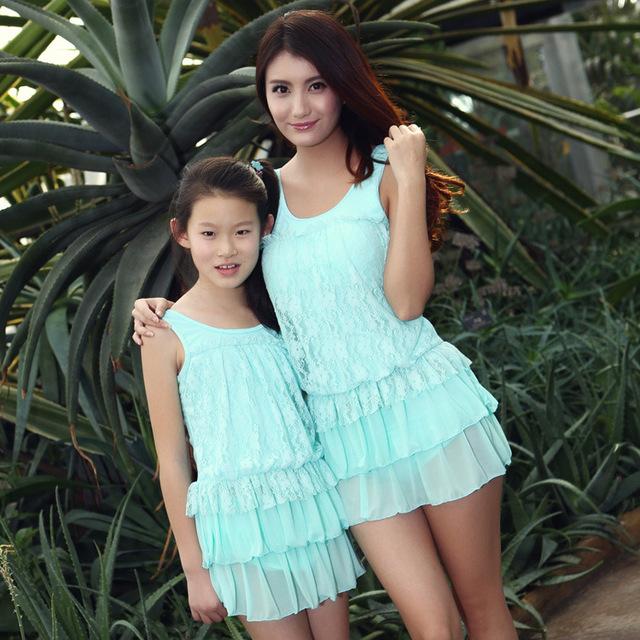 Madre y bebé de trajes de baño niños nadador ropa encaje sólido una piezas estilo vestido de verano family look Bikini