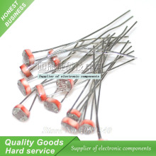 30pcs Photo Light Sensitive Resistor Photoresistor Optoresistor 5mm GL5528 New Original Free Shipping
