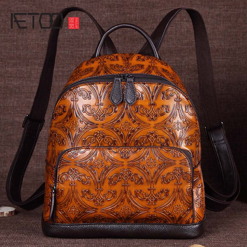 AETOO Embossed rubbing 2017 new retro leisure shoulder bag women head layer cowhide  travel bag hand rubbing backpack aetoo new leather women backpack cowhide retro shoulder bag fashion travel backpack lady bag embossed bag