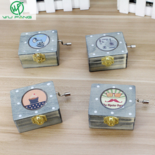 Wooden Hand Vintage Lockwork Music Box Kid Toys Retro wedding Birthday Home Decor friends Guests gifts favors