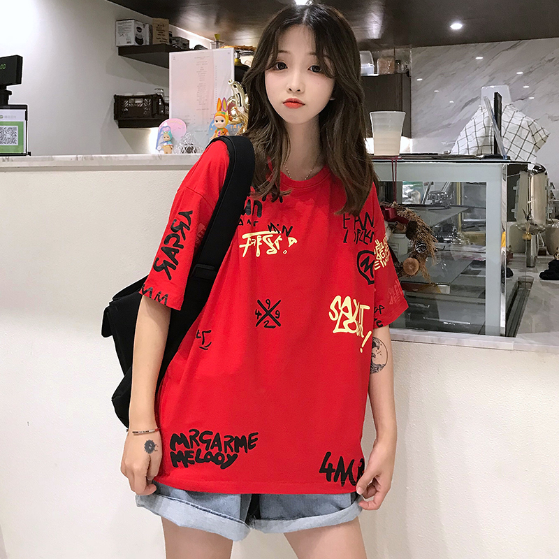 T-shirts Women Graffiti BF European Style Loose Harajuku Hip Hop Streetwear Chic Couple Clothes Unisex Daily Tshirt Womens Soft 69