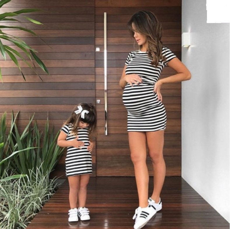 adsfay.com Striped-Paternity-Dress-2018-Mom-and-Daughter-Dress-Mummy-Bebes-Kids-Matching-Clothes-Mom-Daughter-Outfits.jpg