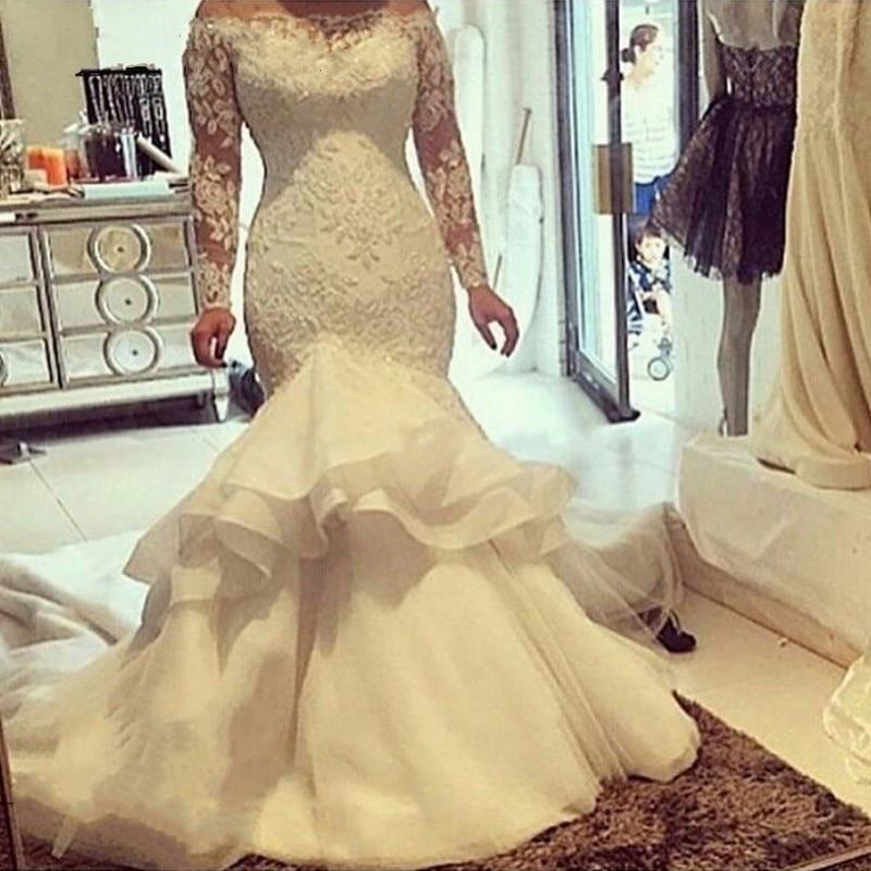 Vintage Lace Long Sleeves Mermaid Wedding Dresses 2017 Arabic Plus Size Sheer Boat Neck Ivory