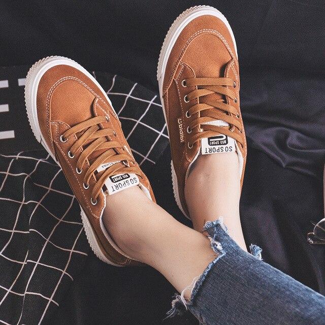 Kadın rahat ayakkabılar Kahverengi Ayakkabı Kadın Lace Up Klasik Tasarım siyah ayakkabı Öğrenciler için Ins Moda Trendleri 2018 Yeni 35- 40
