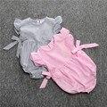 Bebê recém-nascido Roupas de Menina Listrado arco sem mangas vestido de bebê escalada roupas Romper Bebek Giyim Natal Roupas Semelhantes