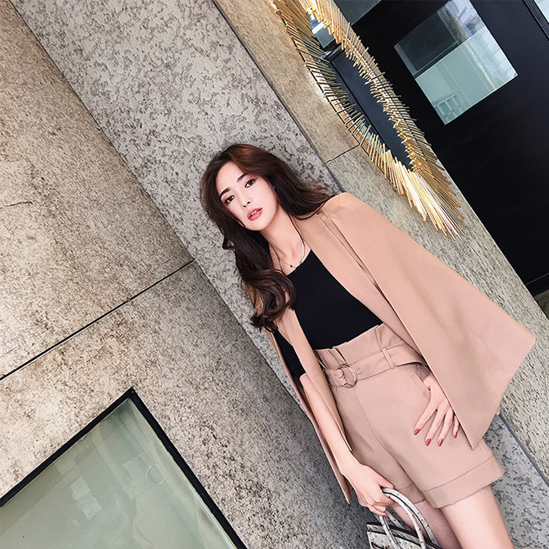 Women Casual Set Notched Collar Cloak Blazer and High Waist Short Pant Fashion Office Outfits Slim