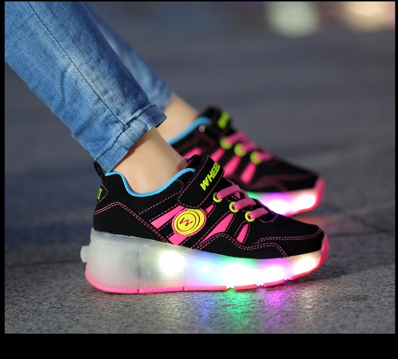High Quality Cheap Boys LED Sneakers With Wheels Kids Light Up Shoes Girls Roller Skates tenis de rodinha10