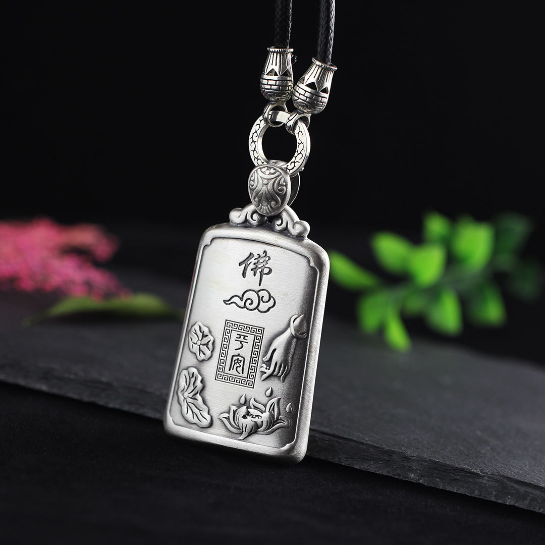 Character silver 999 Silver Jewelry Thai silver silk lady ornament  design heart pendant.Character silver 999 Silver Jewelry Thai silver silk lady ornament  design heart pendant.