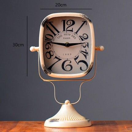 Mise en page créative maison accessoires artisanat en fer forgé horloge européenne simple moderne cadeau de mariage