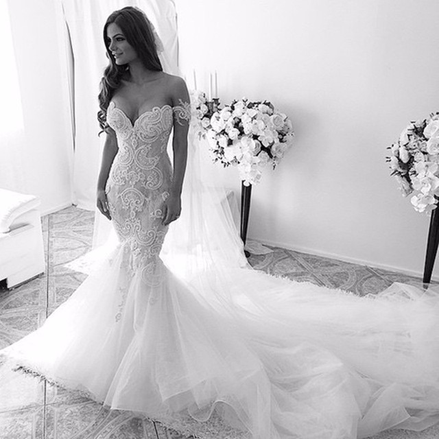 Vintage Mermaid Sexy Off Shoulder vestido de noiva Sheer Lace With Train 2018 Brides bridal Gown mother of the bride dresses 1